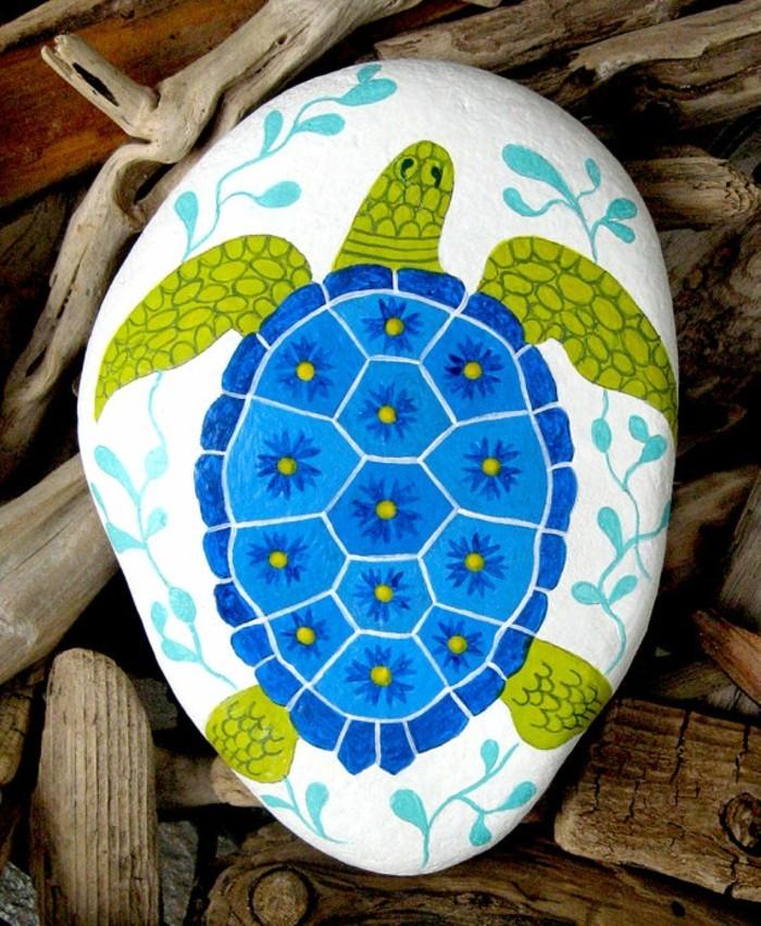schildkröte malen bastelidee mit flusssteinen