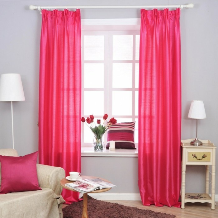 sichtschutz im schlafzimmer ist ein muss gardinen in krassen farbtönen