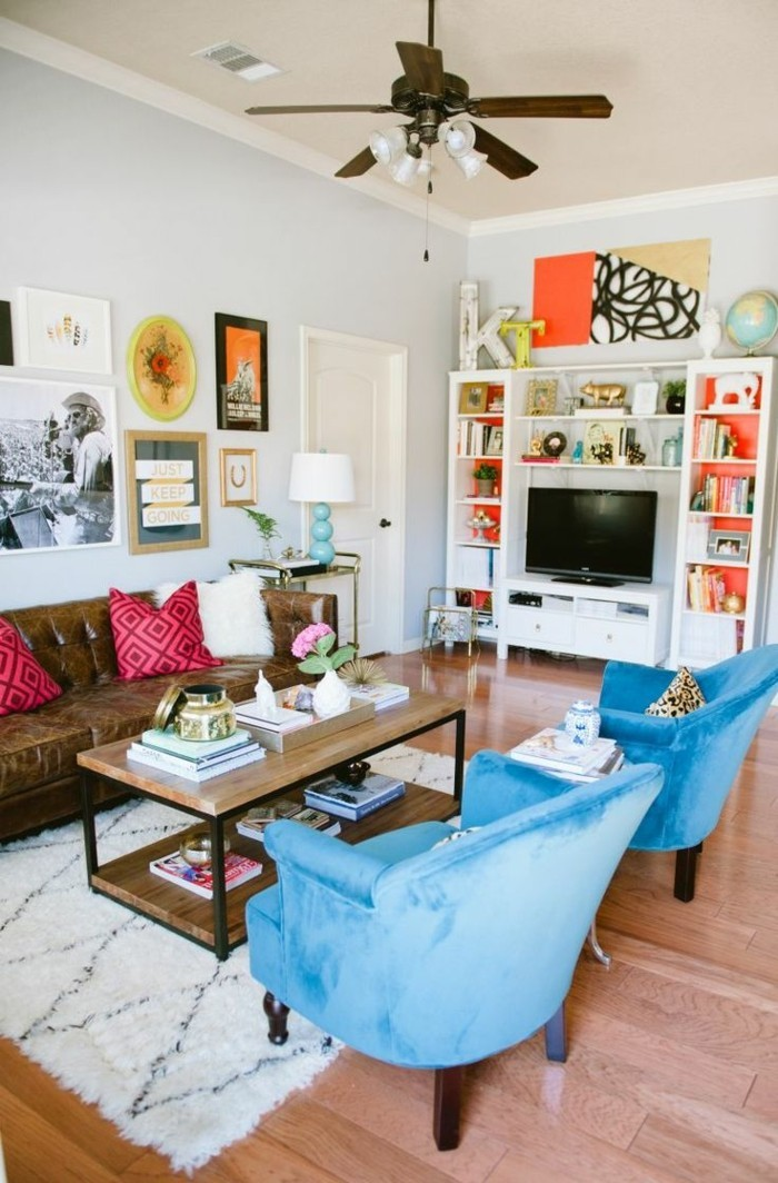 trends für den kommenden herbst farbiges wohnzimmer im eklektischen stil