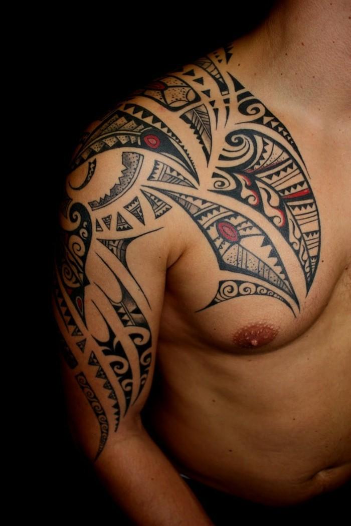 tribal tattoo schulter tätowierung maori