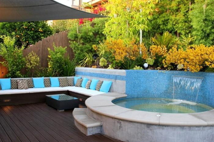 weiß blau schwimmbad sommerliche frische