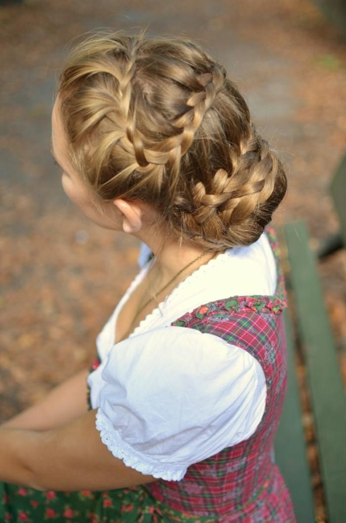 Oktoberfest Frisuren mit Anleitungen in Bildern von oben