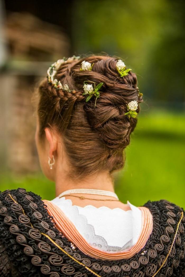 Oktoberfest Frisuren mit Anleitungen in Bildern zoepfe verträumt