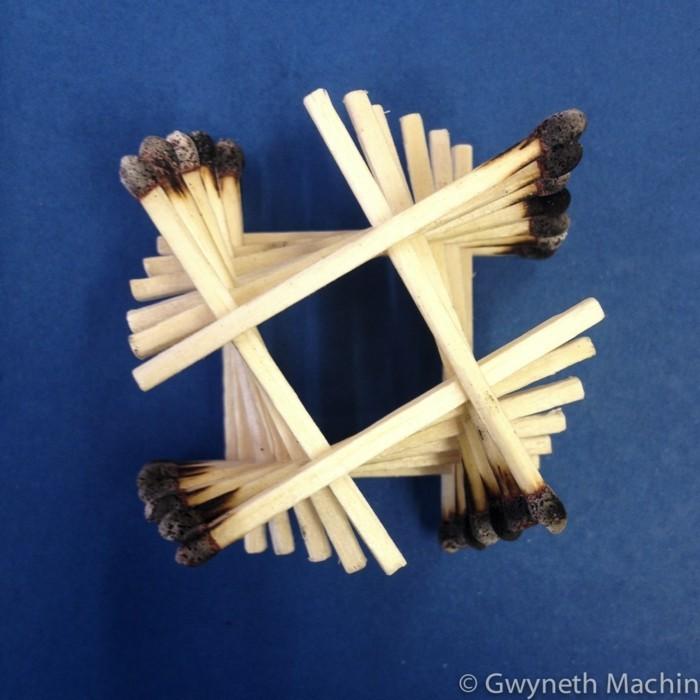 bastelideen diz deko strichholz streichholzstern schallplattenspieler einfach geometrie