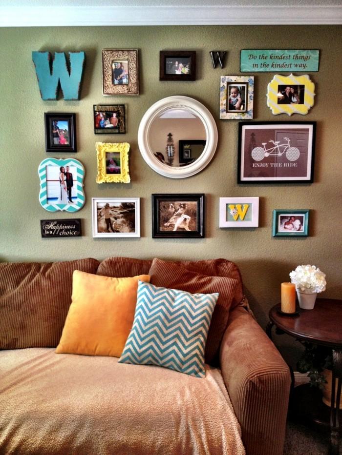 wohnung dekorieren W an der wohnzimmerwand mit fotos und bildern kombinieren