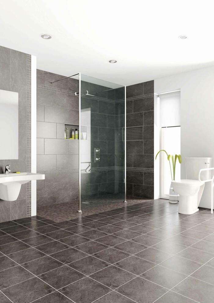 ebenerdige dusche geräumiges badezimmer mit bodenfliesen