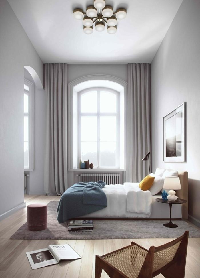 gardinen schlafzimmer elegante hellgrauegardinen und weiße wände im schlafbereich