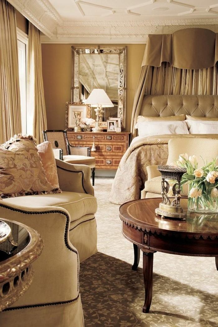 gardinen schlafzimmer helle vorhänge und dezente blumenmuster im schlafbereich kombinieren