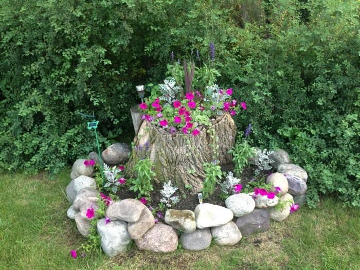 Gartendeko basteln naturmaterialien 35 beispiele wie sie den garten aufpeppen - Baumstumpf garten dekorieren ...