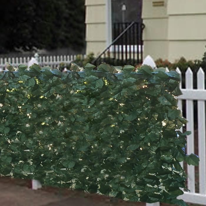 grüne deko versteckt fehlstehlen am zaun