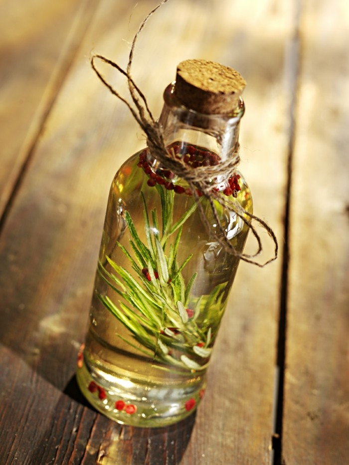 heilkräuter gegen kopfschmerzen rosmarin öl gegen kopfweh