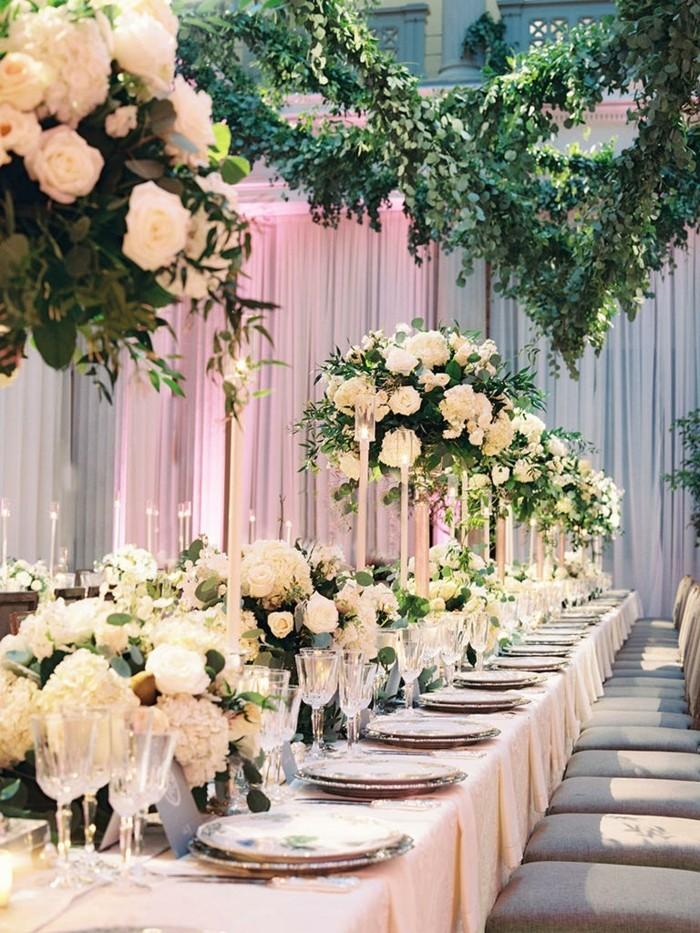 hochzeitsideen für die hochzeitstafel elegante dekoration mit blumen