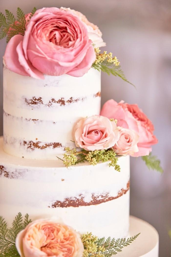 hochzeitsideen elegante hochzeitstorte mit rosen