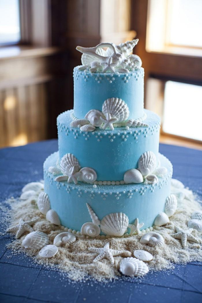 hochzeitstorten blaue torte mit vielen muscheln