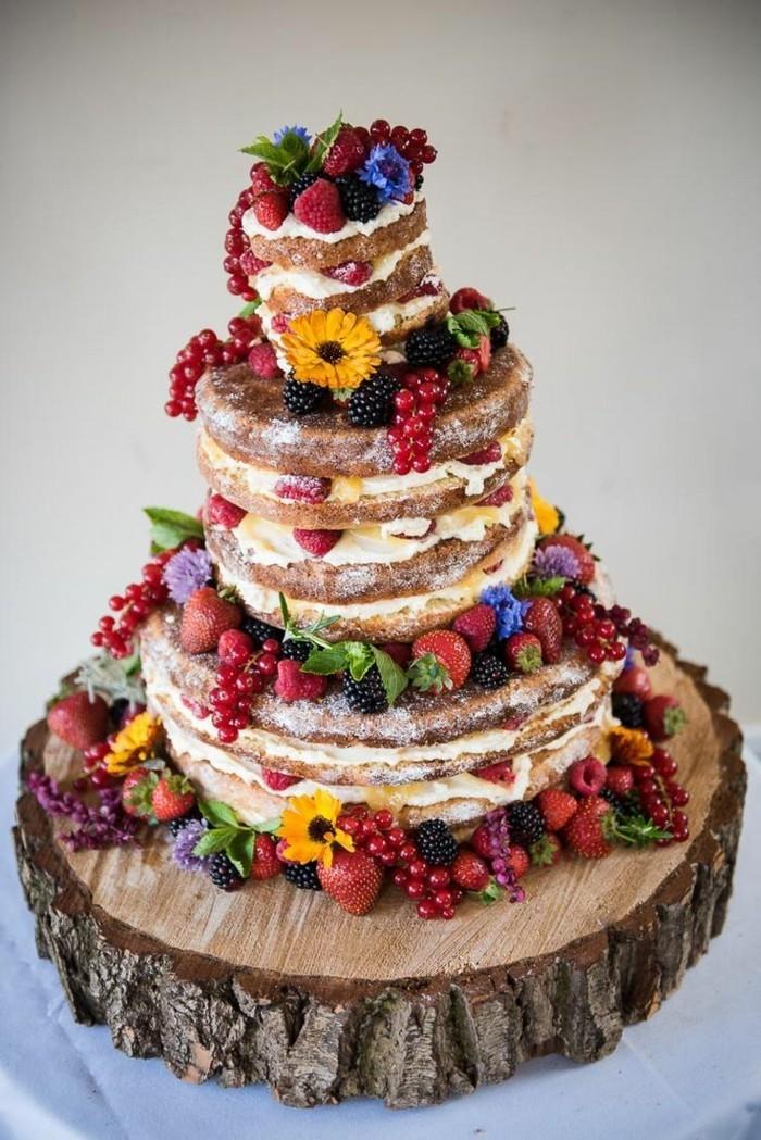 hochzeitstorten naked cake mit früchten