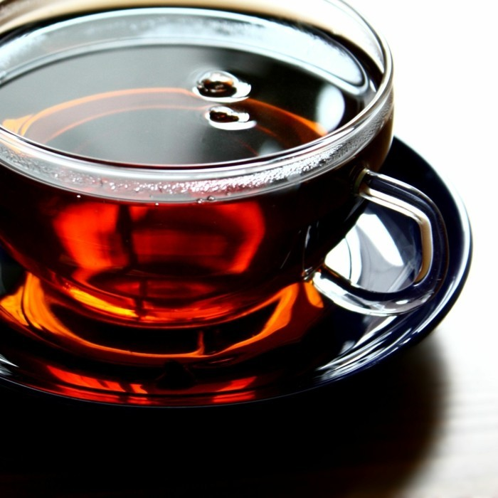 kräutertee gegen kopfschmerzen schwarzen tee gegen kopfweh zubereiten