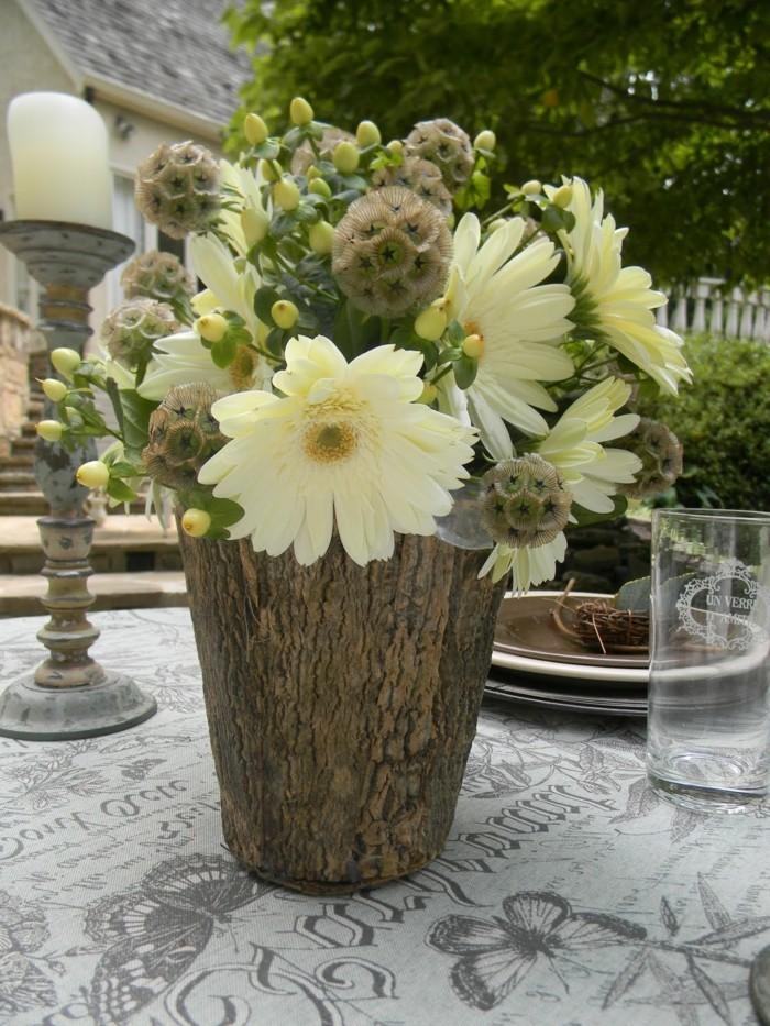 kreative gartenideen aus holz schöne vase selber basteln