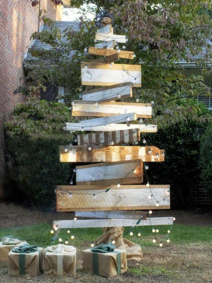 kreative gartenideen mit holzplatten ausgefallenen tannenbaum selber machen