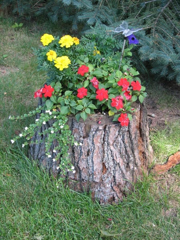 kreative gartenideen schöne idee für einen pflanzenbehälter