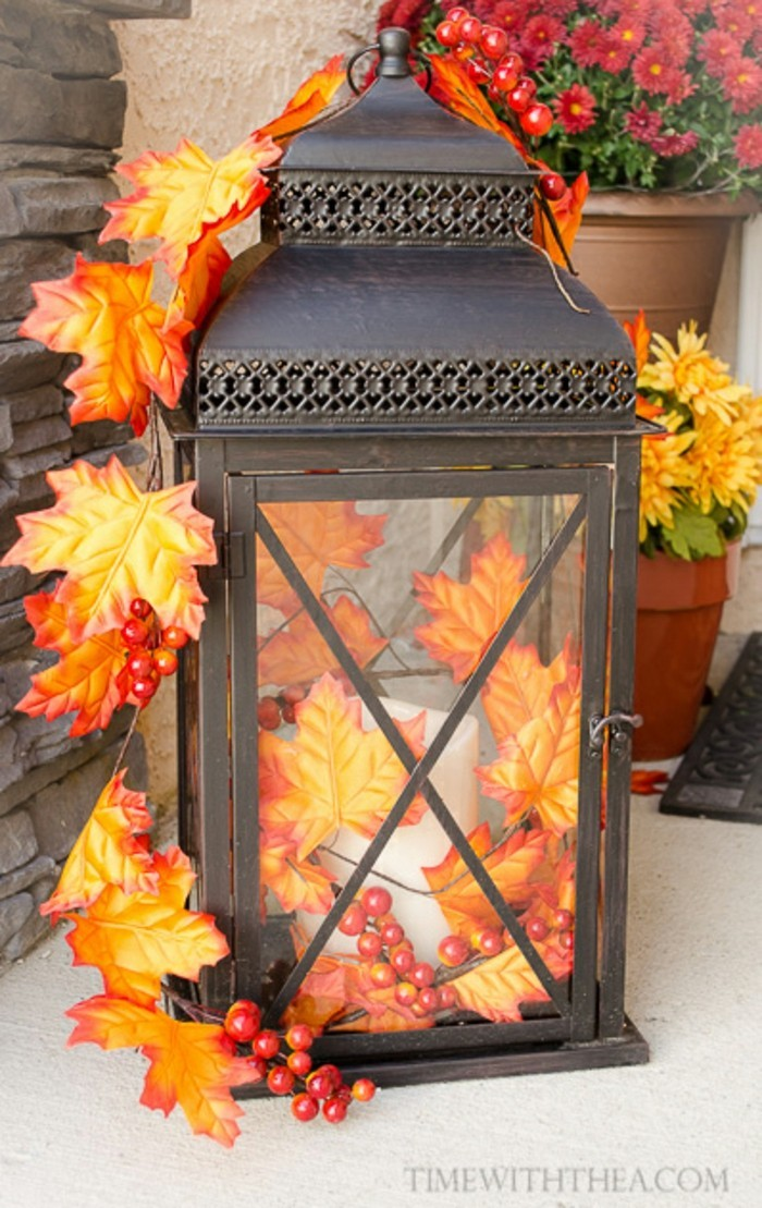 Leuchte Am Eingang Herbstlich. In Einem Album Speichern. Share. Über 50 Einfache  Herbst Deko Ideen ...