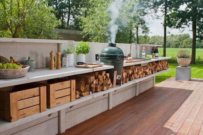 outdoor küche mit viel stauraum