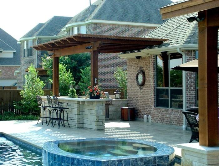 outdoor küche modernener außenbereich mit kochbereich und essplatz