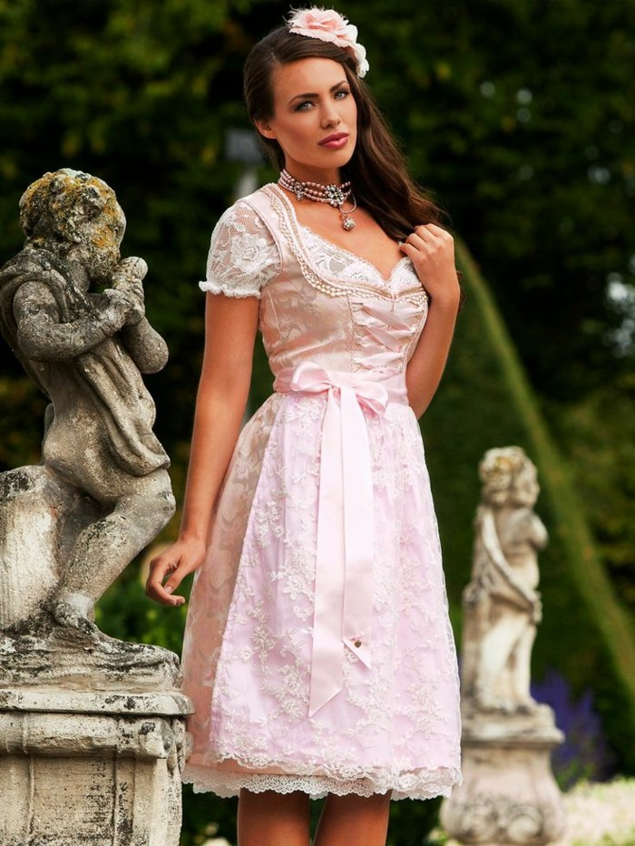 rosa brautkleid hochzeitsdirndl halskette haarschmuck