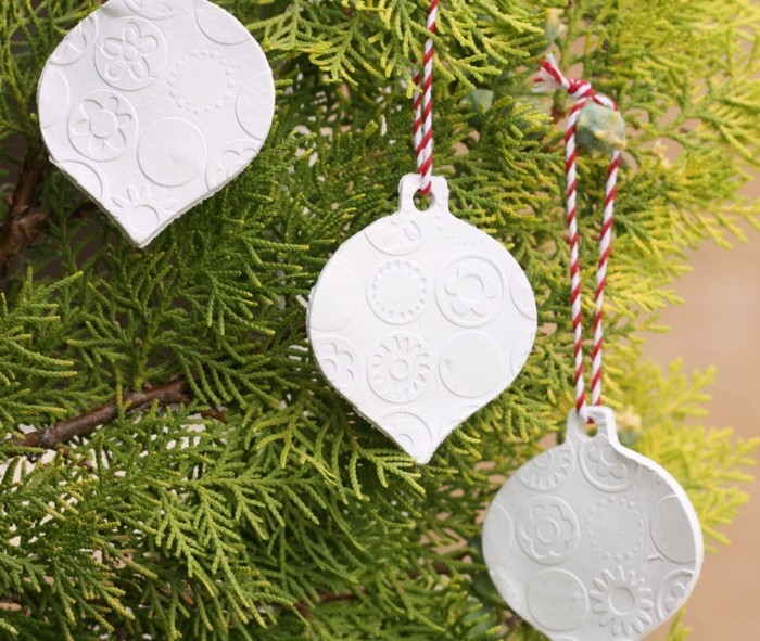 salzteig ideen weiße hängedeko für weihnachten basteln