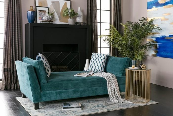 schlafcouch grünes tagesbett und schicker beistelltisch