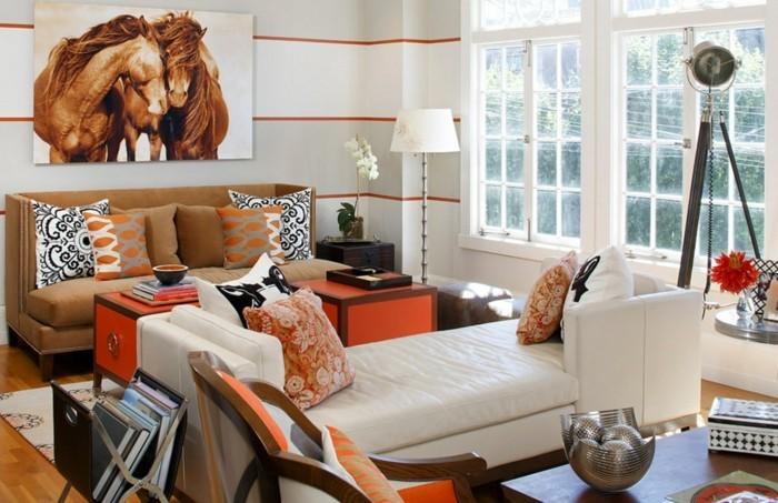 schlafcouch in weiß mit beigefarbenen wohnzimmersofa kombinieren