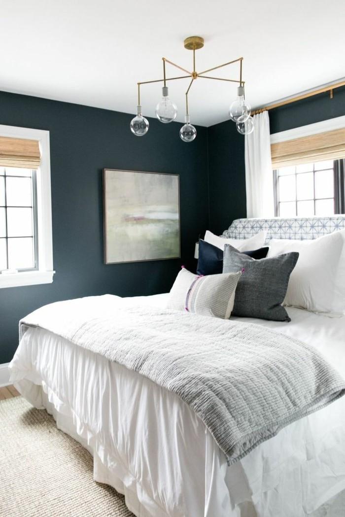 schlafzimmer einrichten dunkle wände und weiße gardinen
