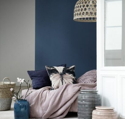 trendige farben fabelhafte schlafzimmergestaltung in grau blau. Black Bedroom Furniture Sets. Home Design Ideas