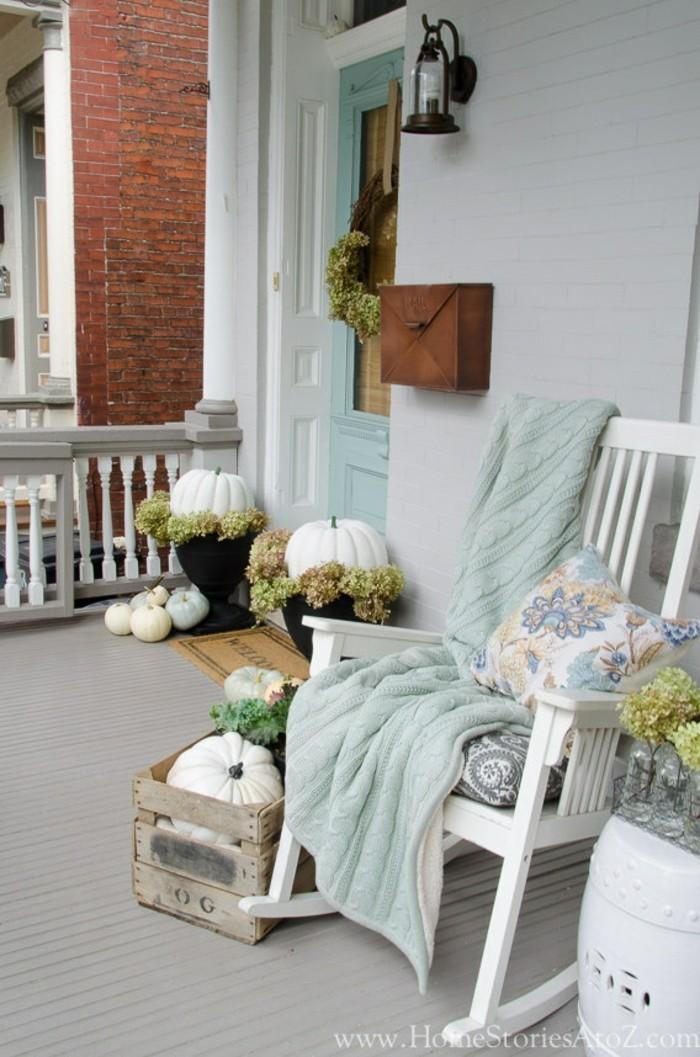 ber 50 einfache herbst deko ideen f r den eingang die sie unter nachbarn beliebt machen. Black Bedroom Furniture Sets. Home Design Ideas