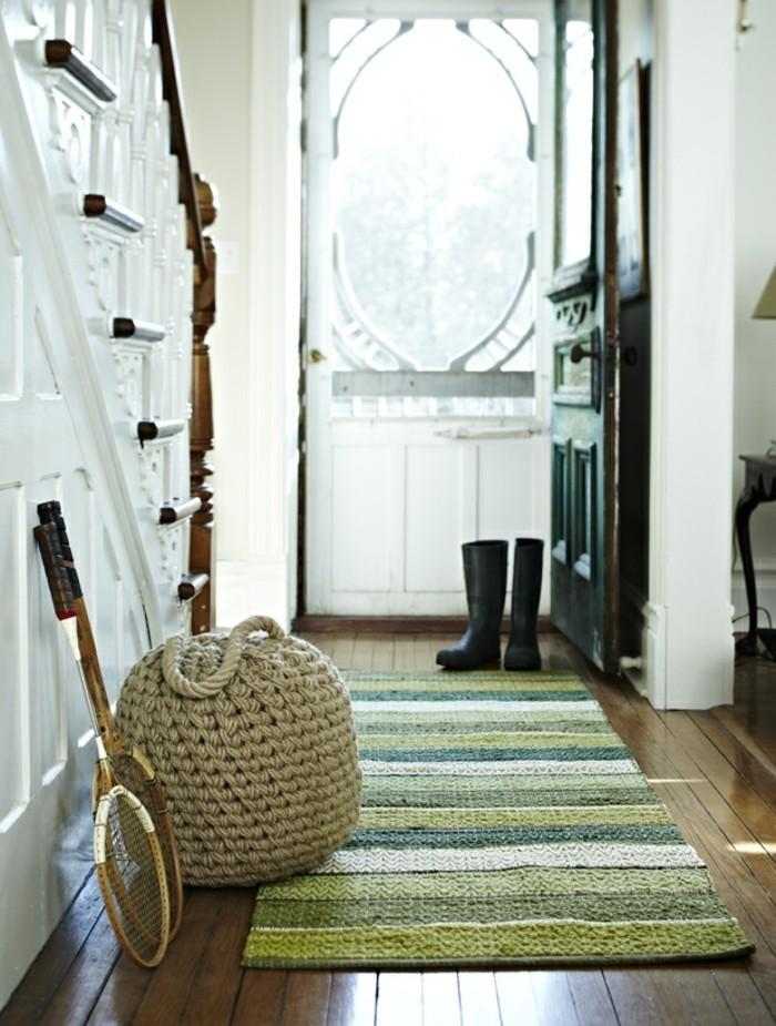 30 folgenden tolle einrichtungsideen die das potenzal der streifenmuster zeigen. Black Bedroom Furniture Sets. Home Design Ideas
