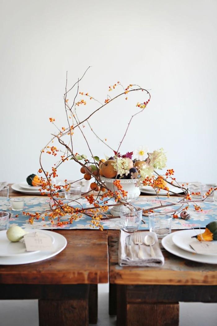 tischdeko herbst schlichte und elegante dekoration