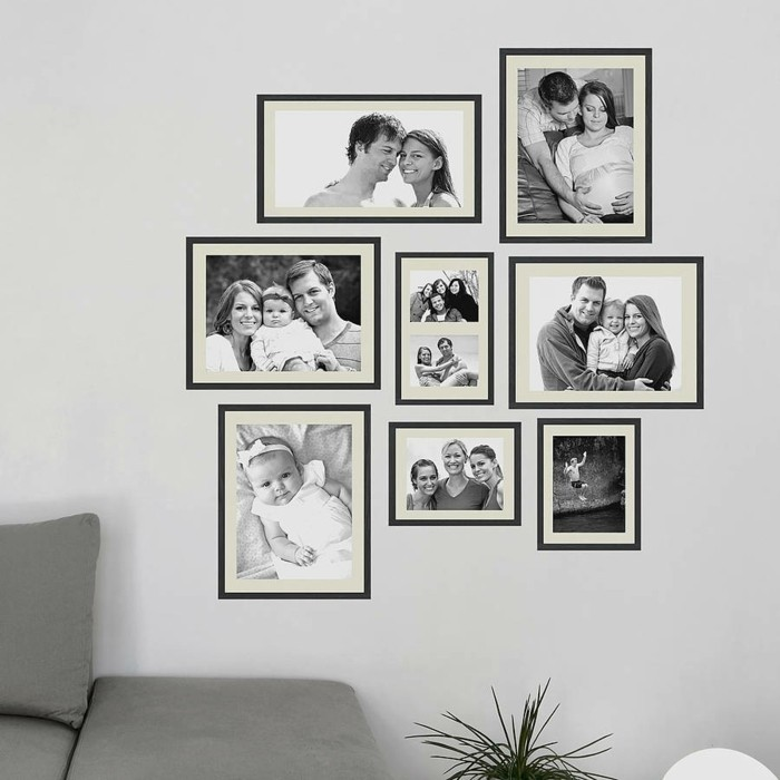 wanddeko ideen im wohnzimmer familienfotos zur schau stellen