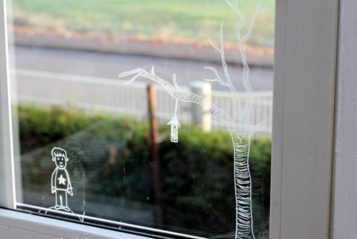 Fensterbilder basteln mit kindern mit weisser farbe