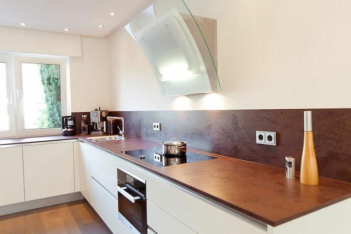 arbeitsplatte küche stilvolle kombination von farben und materialien