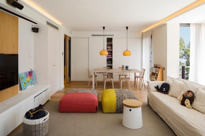bodenkissenin rot und gelb wohnzimmer ideen