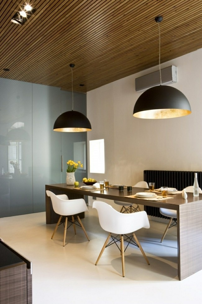 wohnideen esszimmer große lampenschirme in schwarz