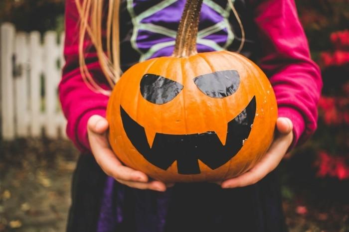 halloween bastelideen mit kürbis