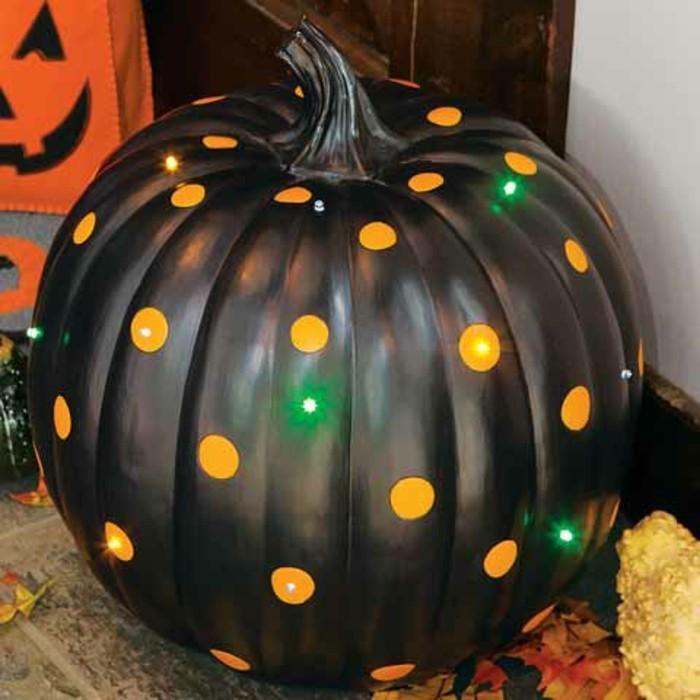 halloween deko ideen kürbisse kreativ bemalen