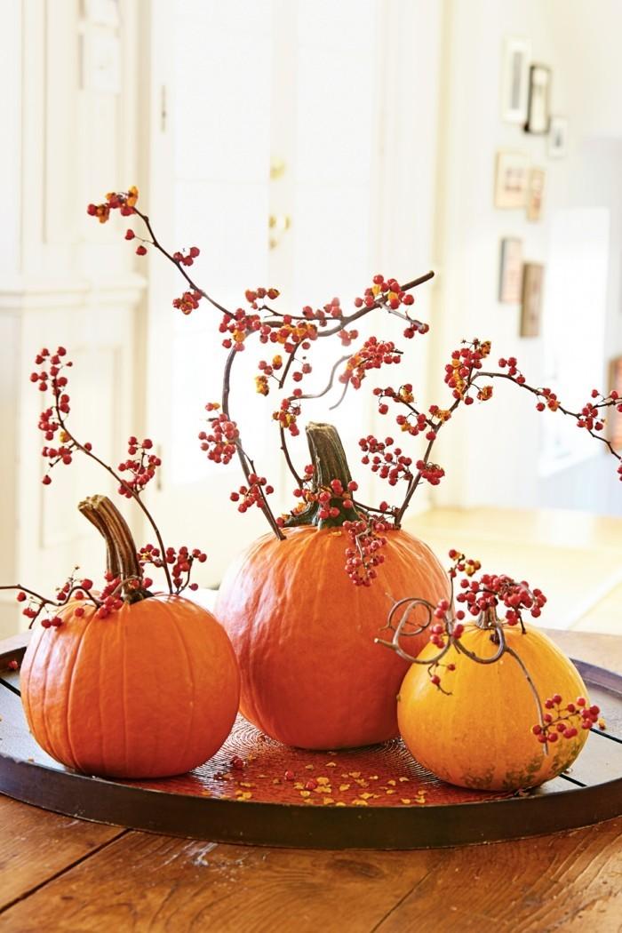 halloween deko ideen mit kürbissen für den innenbereich