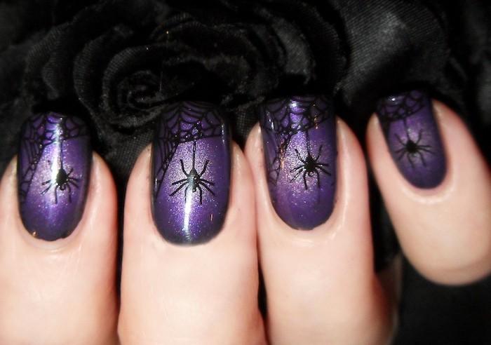halloween ideen lila nagellack mit spinne