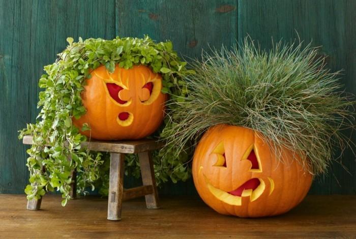 halloween kürbis schnitzvorlageböse kürbislaterne basteln mit rasen