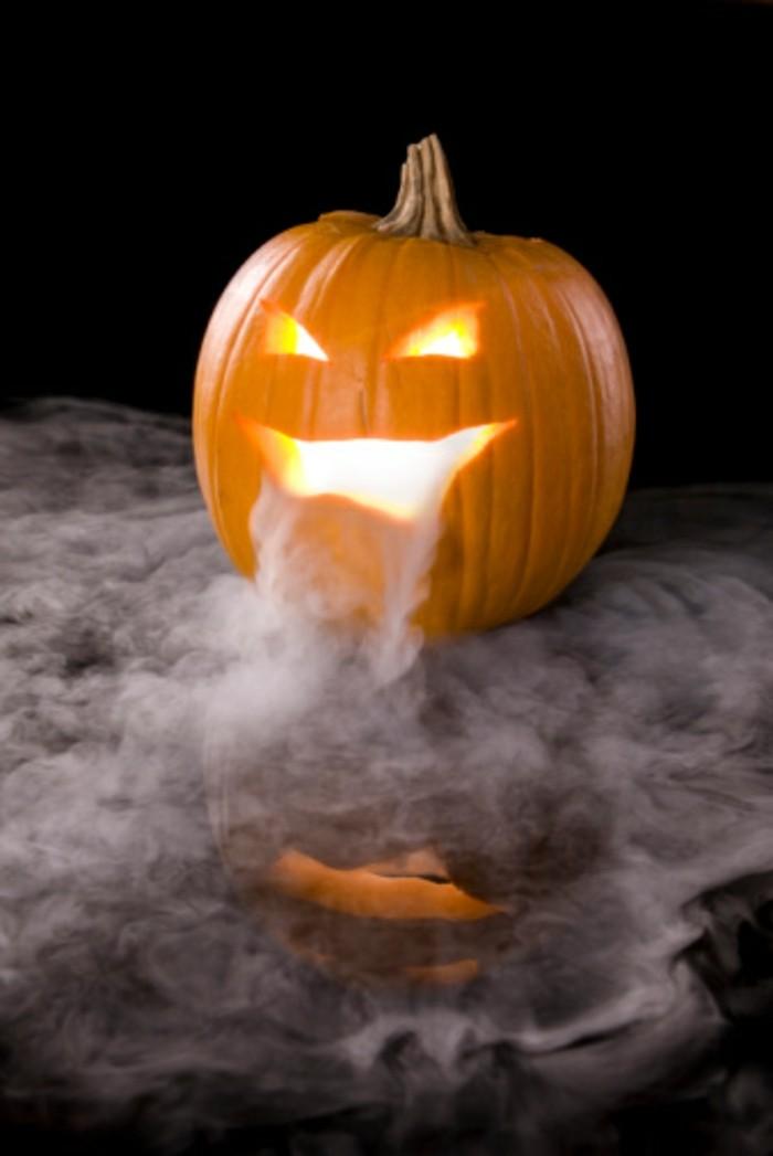 halloween kürbis schnitzvorlageböse kürbislaterne basteln trockeneis