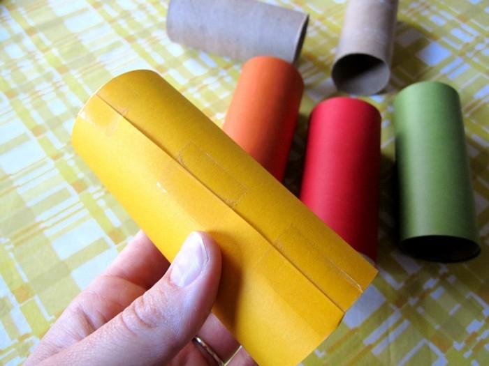 herbstbasteln mit kindern herbstdeko selber machen basteln mit klopapierrollen herbstfarben