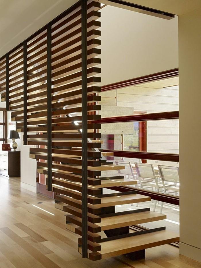 holzwand holzverkeidung rustikal elegant treppe
