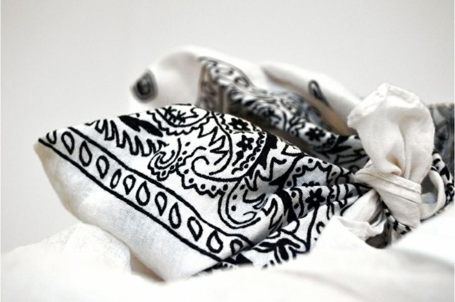 ideen zu bandana binden trendiges accessoire