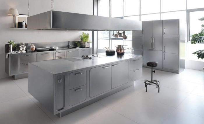 küche einrichten metallic look ist ein heißer trend